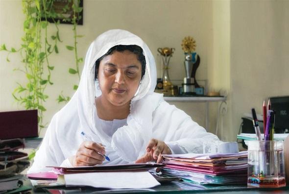 Dr. Neelam Kaur