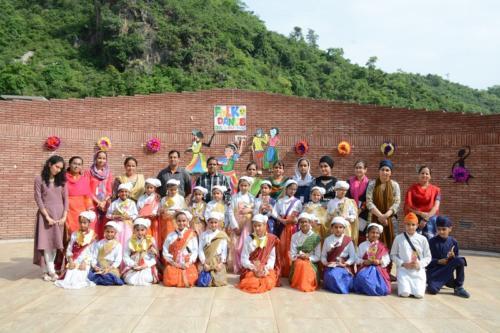 Folk Dance (8)