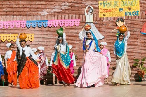 Folk dance 2017 (10)