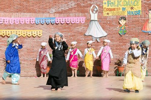 Folk dance 2017 (8)