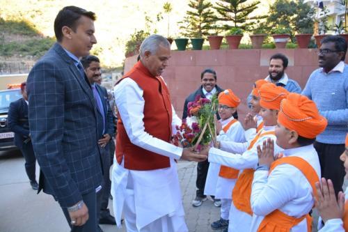 His Excellency, the  Governor of Himachal Pradesh, Acharya Dev Vrat  visited Baru Sahib (2)