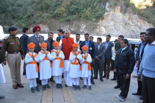 His Excellency, the  Governor of Himachal Pradesh, Acharya Dev Vrat  visited Baru Sahib (3)