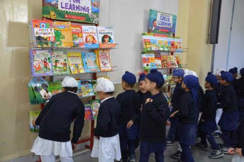 Scholastic Book Fair (4)
