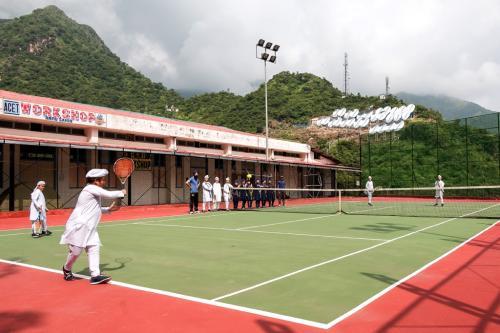 L tennis4